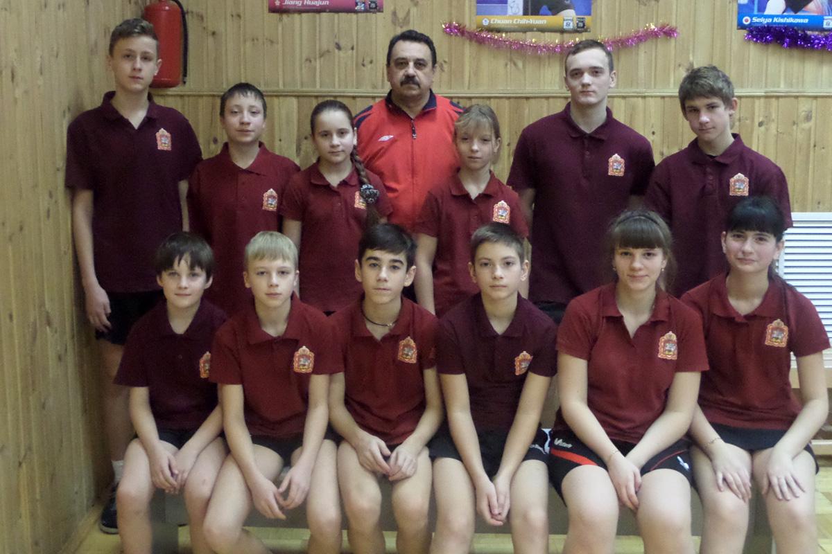 Команда по настольному теннису СДЮСШОР по ИВС