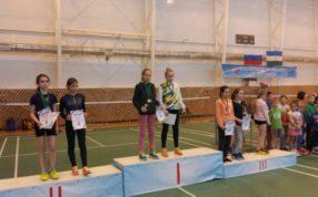Золотые и серебряная медали на Всероссийском юношеском турнире по бадминтону!